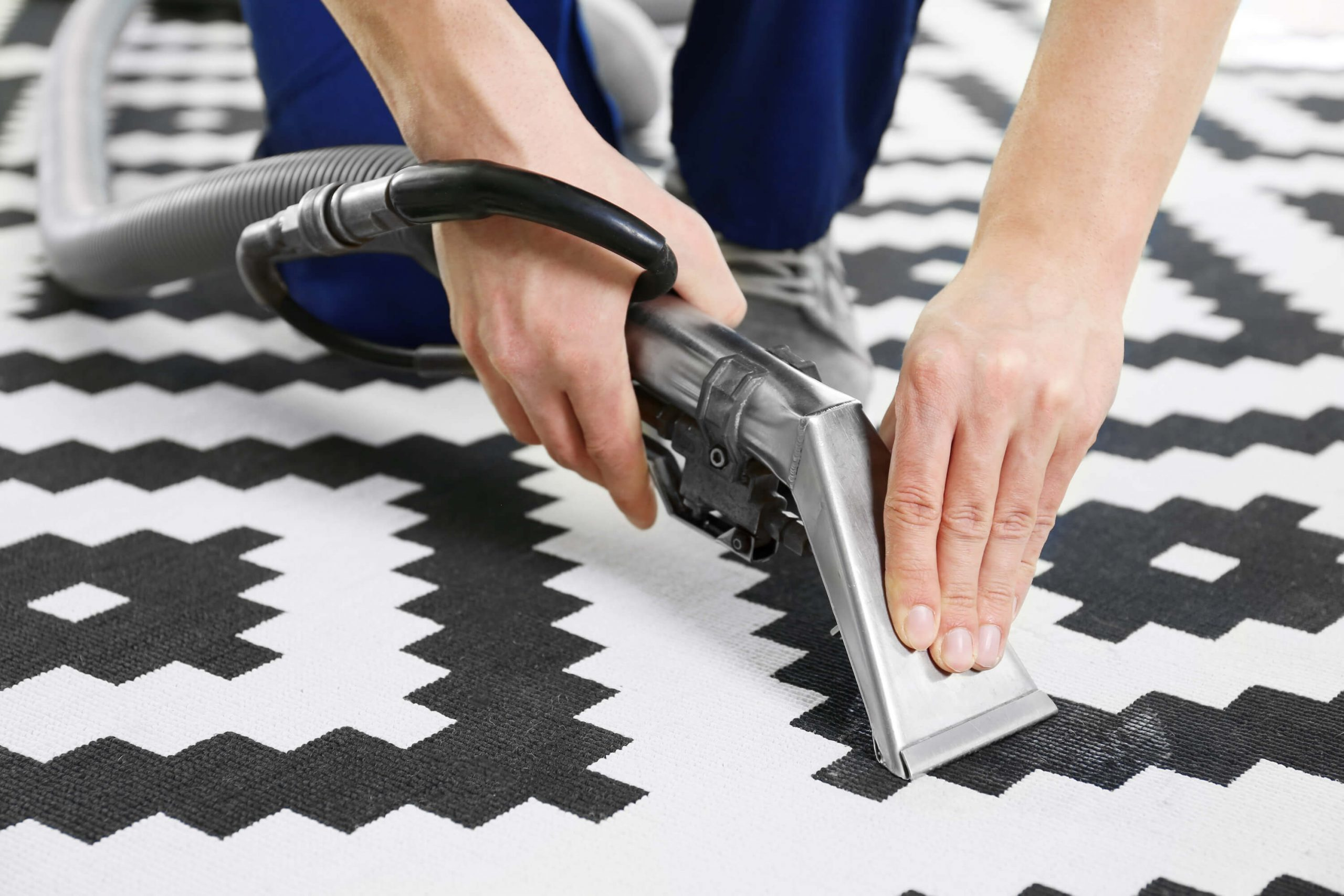 rug cleaning in Des Moines